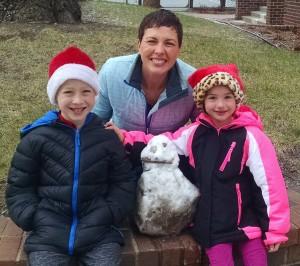Jeni and kids for blog